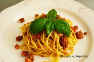 spaghetti-alla-bolognese-a