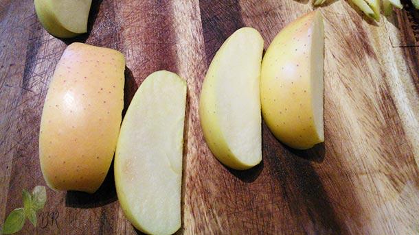 Piept de rata cu mere si radicchio