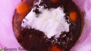 Clatite-cu-cacao-si-dulceata-de-portocale-e