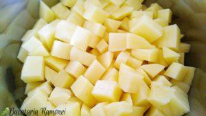 focaccia-cu-cartofi-mozzarella-si-pancetta-i