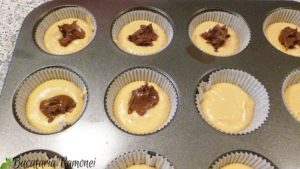 Muffin-cu-portocale-si-ciocolata-tartinabila-g