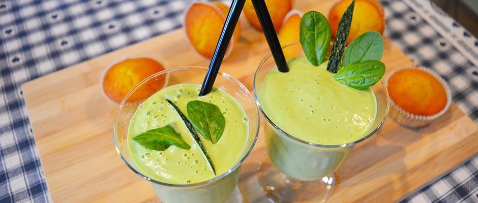 Smoothie cu avocado si spanac