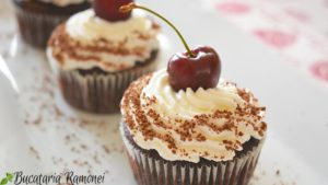 Black-Forest-cupcakes-g