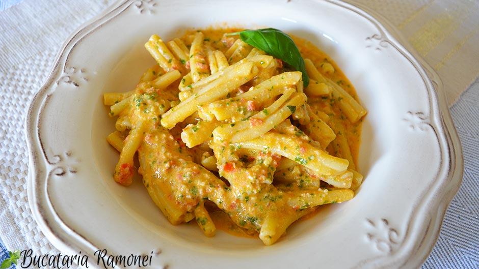 Casarecce cu pesto alla siciliana