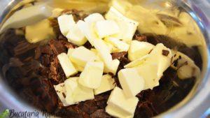 Prajitura-cu-ciocolata-si-cirese-b