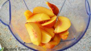 smoothie-cu-mango-mere-si-piersici-b