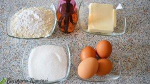 Crumb-cake-cu-prune-si-pere-a