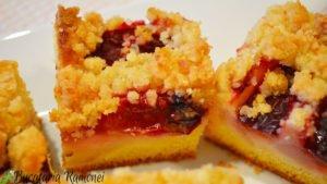 Crumb-cake-cu-prune-si-pere-n
