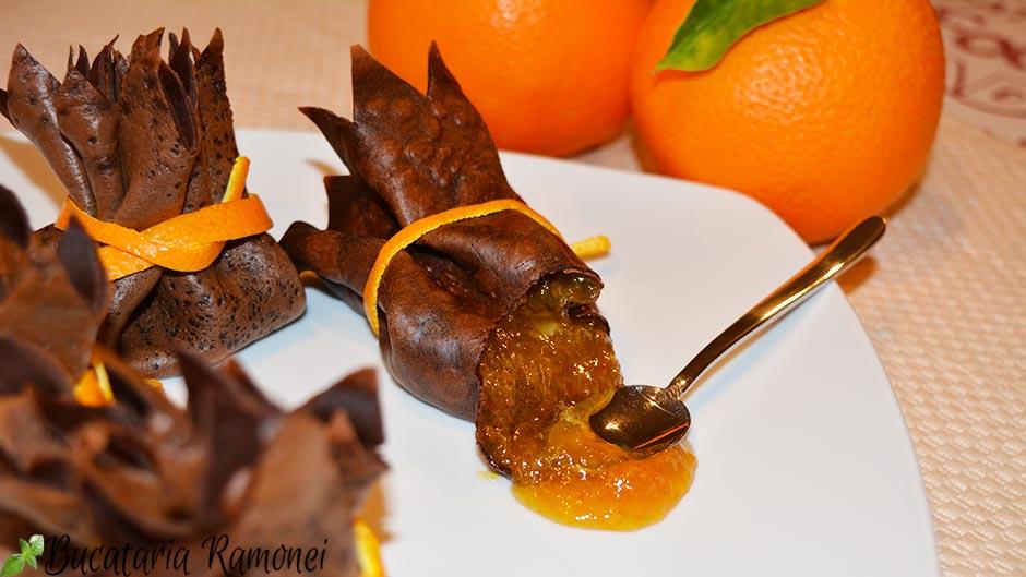 Clatite cu cacao si dulceata de portocale