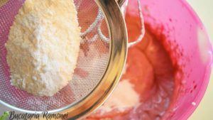 Red-velved-cupcake-i