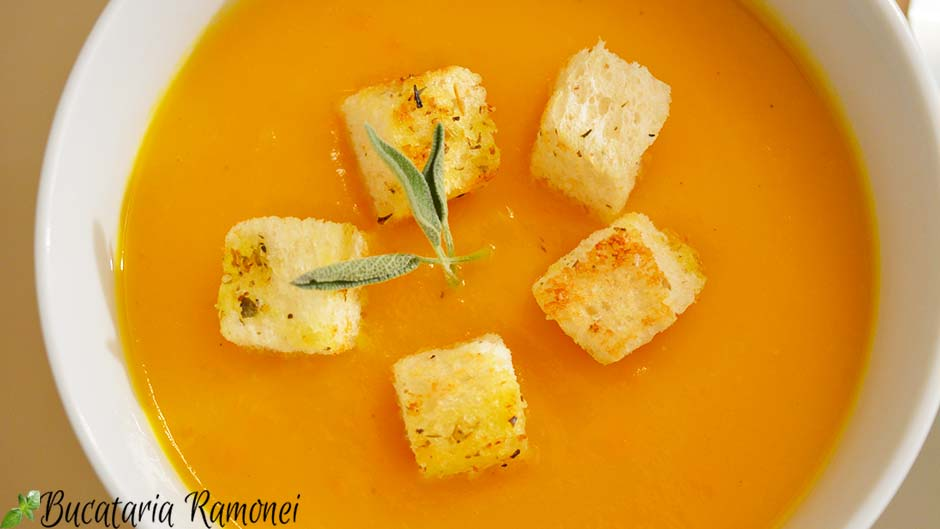 Supa crema de dovleac cu morcovi