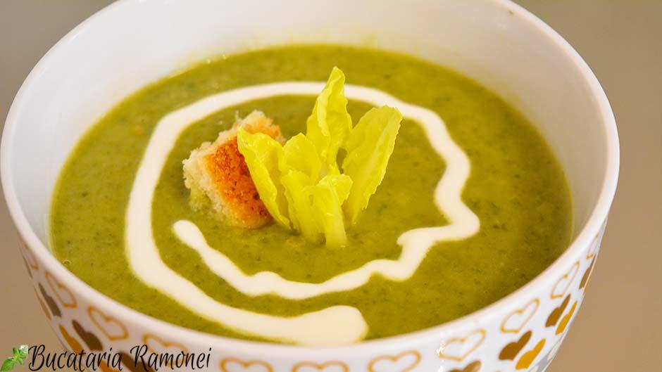 Supa crema de salata verde