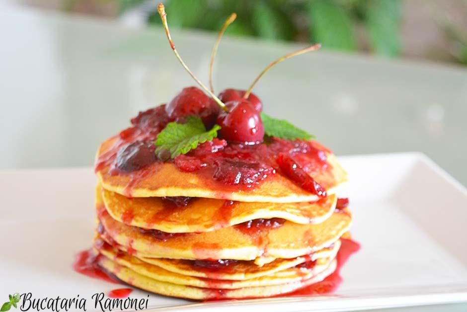Pancakes cu cirese