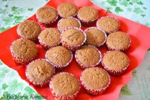 Cupcakes-cu-capsuni-si-crema-de-nutella-j