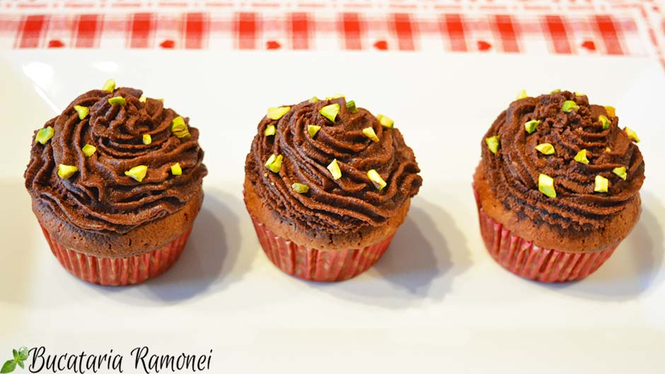 Cupcakes cu pere