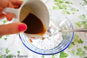 Prajitura-de-post-cu-glazura-de-cafea-f