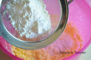 muffins-cu-frosting-de-nuca-de-cocos-e