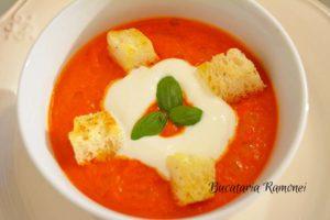 Supa-crema-de-rosii-d