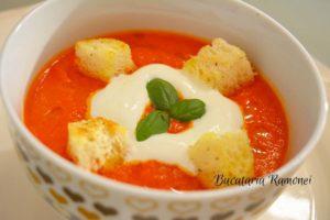 Supa-crema-de-rosii-e