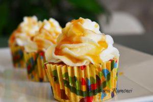 cupcakes-cu-morcovi-si-crema-de-branza-k