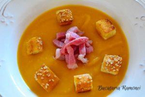 supa-crema-de-dovleac-cu-pancetta-g
