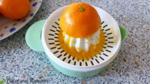 prajitura-pufoasa-cu-crema-de-mandarine-b
