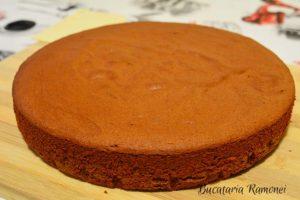 tort-cu-ciocolata-si-crema-de-mascarpone-g
