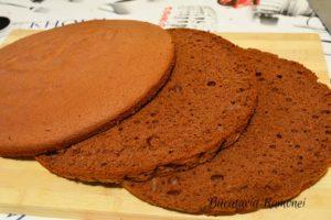 tort-cu-ciocolata-si-crema-de-mascarpone-h