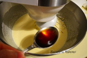 Prajitura-cu-crema-de-mascarpone-cu-cafea-3