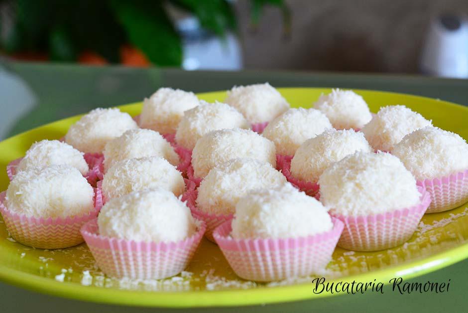 Bomboane cu cocos si ricotta