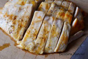 Salata-de-pui-cu-sos-de-iaurt-c