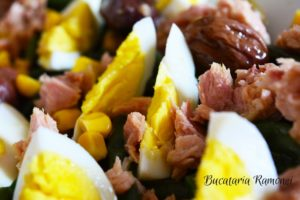 Salata-cu-fasole-ton-si-oua-g