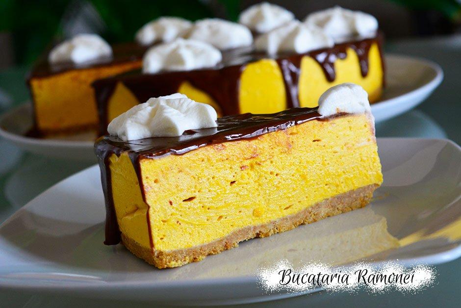 Cheesecake cu dovleac si ciocolata