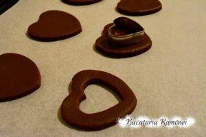 Fursecuri cu cacao si dulceata de caise