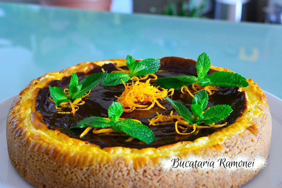 Cheesecake la cuptor cu portocale si ciocolata