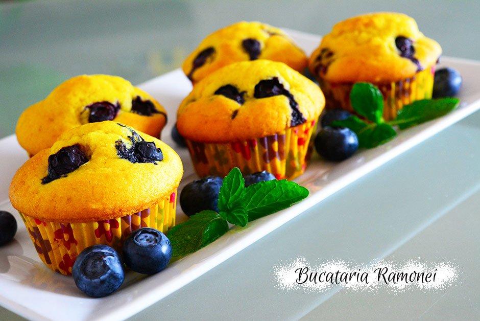 Muffins cu afine