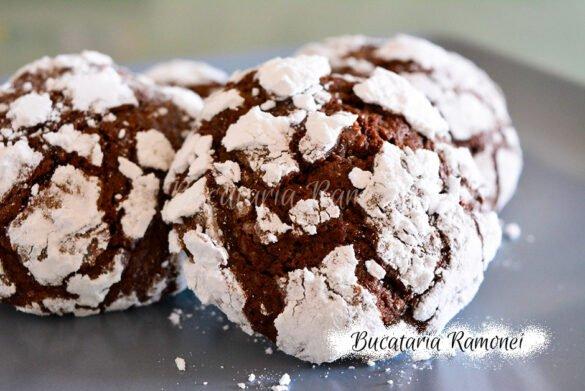 Biscuiti crapati cu cacao